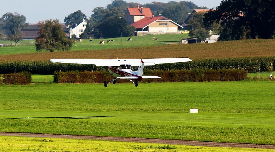 pilot-license-age
