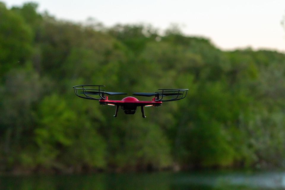 flying-in-open-water